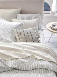 the silver bedding package includes a brushstroke matelassé coverlet 228 for king size