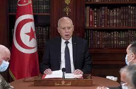 اتحاد القرضاوي' يفتي بحرمة قرارات الرئيس التونسي