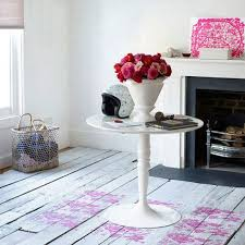 White Painted Floors. >>