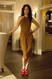 mary louise parker plays nancy botwin a twice widowed mom of three who has found her niche creating a s network wherever she may be