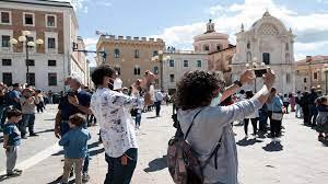 إيطاليا تخسر 1.8 مليار يورو بسبب غياب السياح الأميركيين