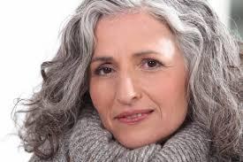 Soins Cheveux Blancs Gris
