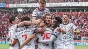 Bundesliga: Bayern mit Kantersieg in Leverkusen – Vier Tore in sieben  Minuten