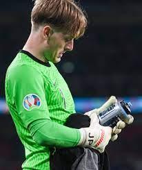 EM 2021: England-Keeper Jordan Pickford – Flaschen-Trick vorm  Elfer-Schießen - Fussball - Bild.de