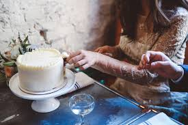 how to make a wedding cake a practical wedding a practical how to make a wedding cake a practical wedding a practical wedding we re your wedding planner wedding ideas for brides bridesmaids grooms and more