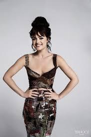 Lucy Hale Rocks Bangs, Divulges Beauty Secrets in New Yahoo Style Interview  | Lucy hale photoshoot, Lucy hale style, Lucy hale