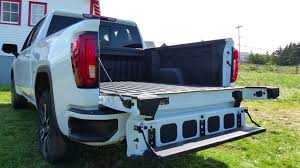 The 2019 GMC Sierra's Six-Way 'MultiPro' Tailgate Is a Great Gadget ...