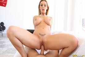 Nude hot girls having sex videos