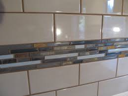 splendid subway white ceramic backsplash combined with mosaic tiled slate backsplash as modern kitchen wall decors ideas