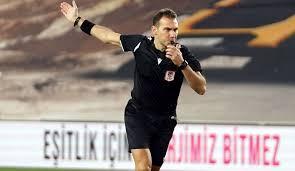 Turuncu lacivertlilerde teknik direktör okan buruk, kırmızı kart görerek saha. Super Lig Fenerbahce Basaksehir Macina Kirmizi Kartlar Damga Vurdu
