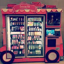 Makeup Vending Machine Amazing WHAT This Exists A Makeup Vending Machine Love It