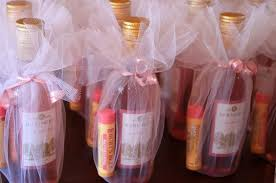 7 Creative Baby Shower Prizes | baby shower | Pinterest | Bridal ...