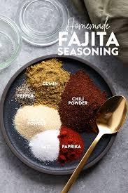 make your own all purpose fajita seasoning at home with just 6 basic spices you can use our homemade fajita seasoning recipe on en steak veggies