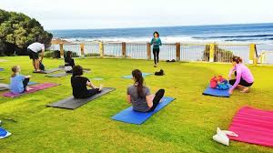 easy yoga travel tips to keep your practice including yoga cles