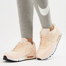 nike air max 90 leather shoe 1368178