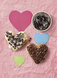 Dunkin' Donuts Shows <b>A Lot of Heart</b> This Valentine's Day | Dunkin'