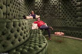 relaxing room in need and relax room on pinterest belgrave house google london office