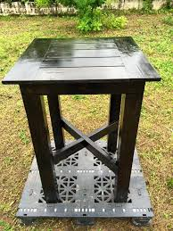 up cycled pallet bar height table