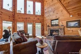 Log Cabin Living Room Interesting R Bearadise 448 Bedrooms Sleeps 48 Screened Deck Hot Tub Pool