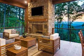 organic modern mountain home rustic