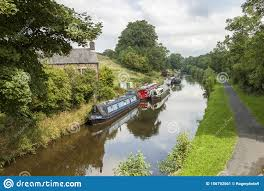 Leeds Liverpool Canal Landscape With Barges Stock Image - Image of trees,  canal: 156792561