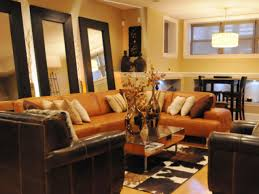 living room accent tan wall brown