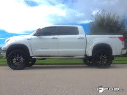 Toyota Tundra Maverick - D538 Gallery - Fuel Off-Road Wheels