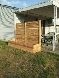 Free standing outdoor privacy screens Plants Free Standing Screen With Planter Pinterest Free Standing Screen With Planter Privacy Fence Ideas Backyard