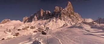 Risultati immagini per Immagini di Passo Rolle con la neve