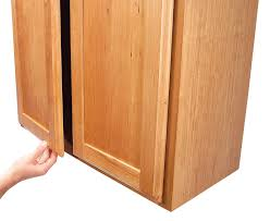 finger pull door lip