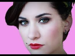 perfect pin up makeup for photoshoot wedding makeup neutral makeup 1950 s you