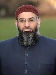 Anjem Choudary, a member of the pro-Islamic group 'Islam4UK', poses for photographs in front of the Houses of Parliament on January 4, 2010 in London, ... - Anjem%2BChoudary%2BPlans%2BControversial%2BAnti%2BWar%2B6KHJUqVDgrIl