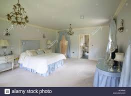 Master Schlafzimmer Der Großen Haus Mit Ankleidezimmer Und Bad