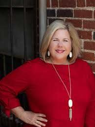 Suzanne Smith, Longview, TX Real Estate Broker Owner - RE/MAX First Choice