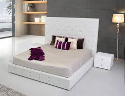 Modrest Elbrus White Modern Leather Platform Bed