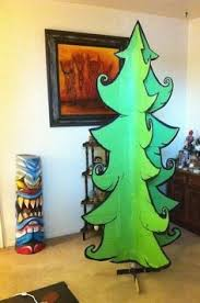 make a <b>cartoon christmas</b> tree!