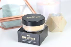 make up studio translucent powder extra fine banana review 4 setting perfecting powder1
