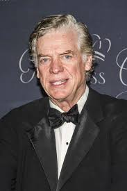 Christopher McDonald - Biography, Height & Life Story | Super Stars Bio