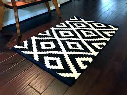 white accent rug gray