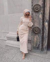 With eid around the corner, many of us are considering what to wear, from experimenting with color, finding a new silhouette you love, or styling your true separates in new ways.here, the hijab and abaya specialists at abayabuth are offering a number of outfit inspiration ideas for every type of modest woman, ensuring you can spend more time thinking about what really matters this eid. Best Eid Hijab Summer Outfits To Get The Chic Gathering Vibes Girlsinsights