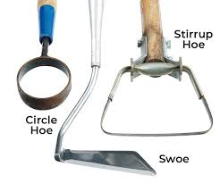 how to choose the right garden hoe