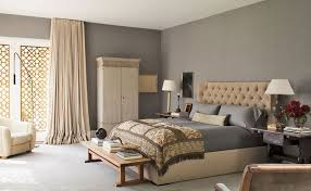 silky taupe walls bedroom