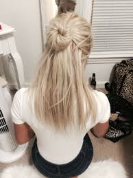 Pretty Half Updo On Short Blond