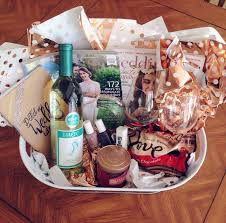 Best 25 Spa Gift Baskets Ideas On Pinterest  Gift Basket How To Make Hampers For Christmas Gifts