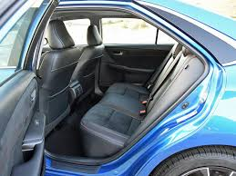 nydn 2017 toyota camry xse rear seat