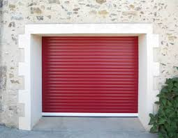 Modern Garage With Red Roll Up Door - Roll Up Doors For The Garage ...