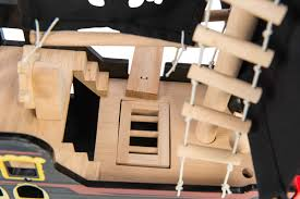 le toy van barbarossa wooden pirate ship