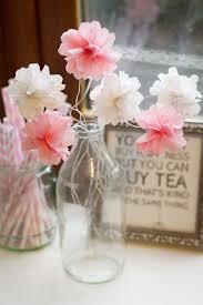 make mini tissue paper flowers