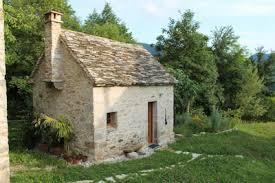 rent tiny house. trichiana, italy - from $68 eur rent tiny house l