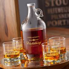 customized whiskey printed distillery growler set with 4 whiskey glasses